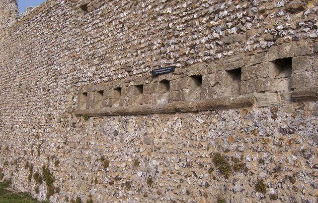 Medieval-toilet
