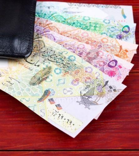 Qatari currency