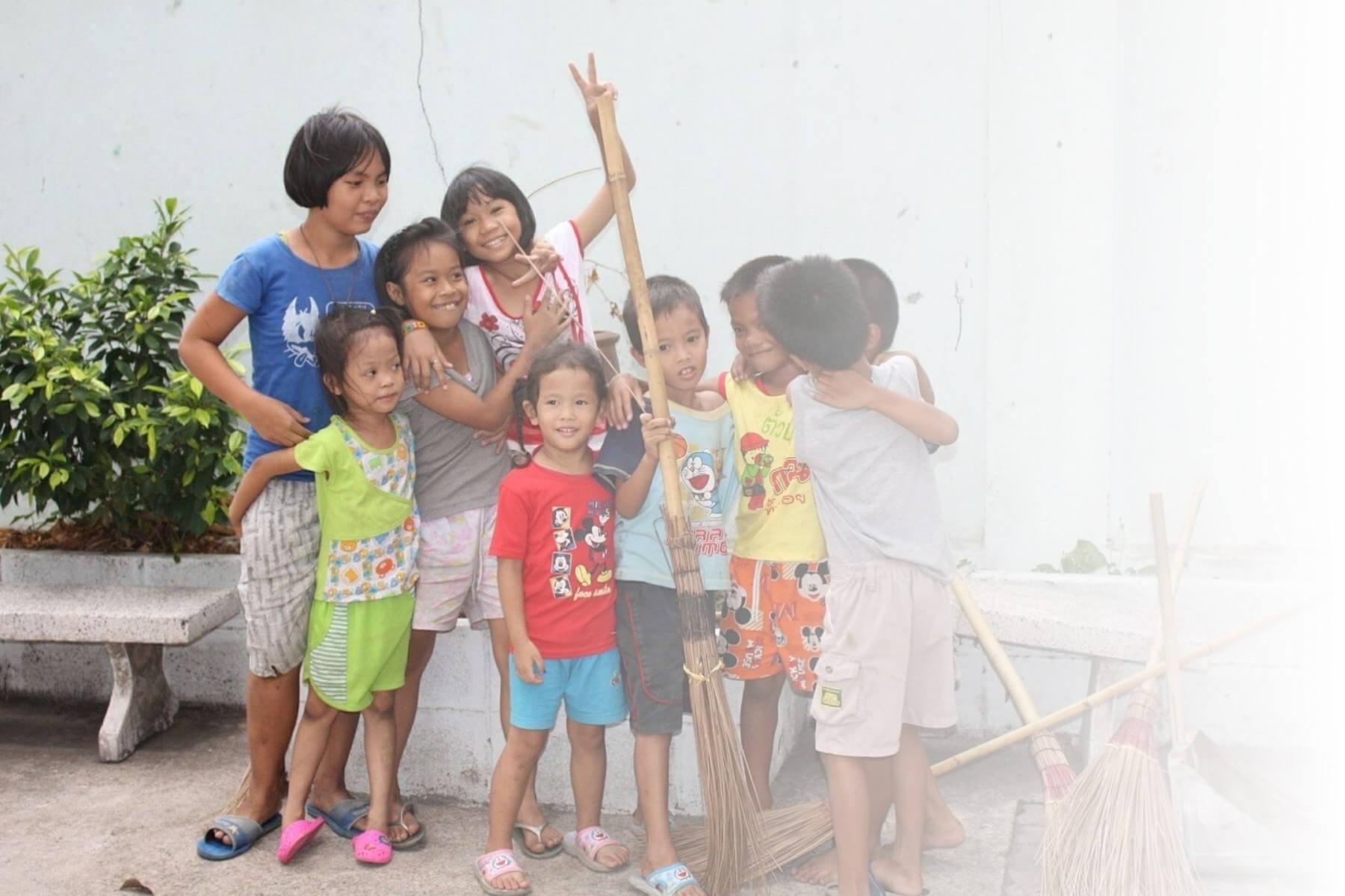 Kids in Phuket