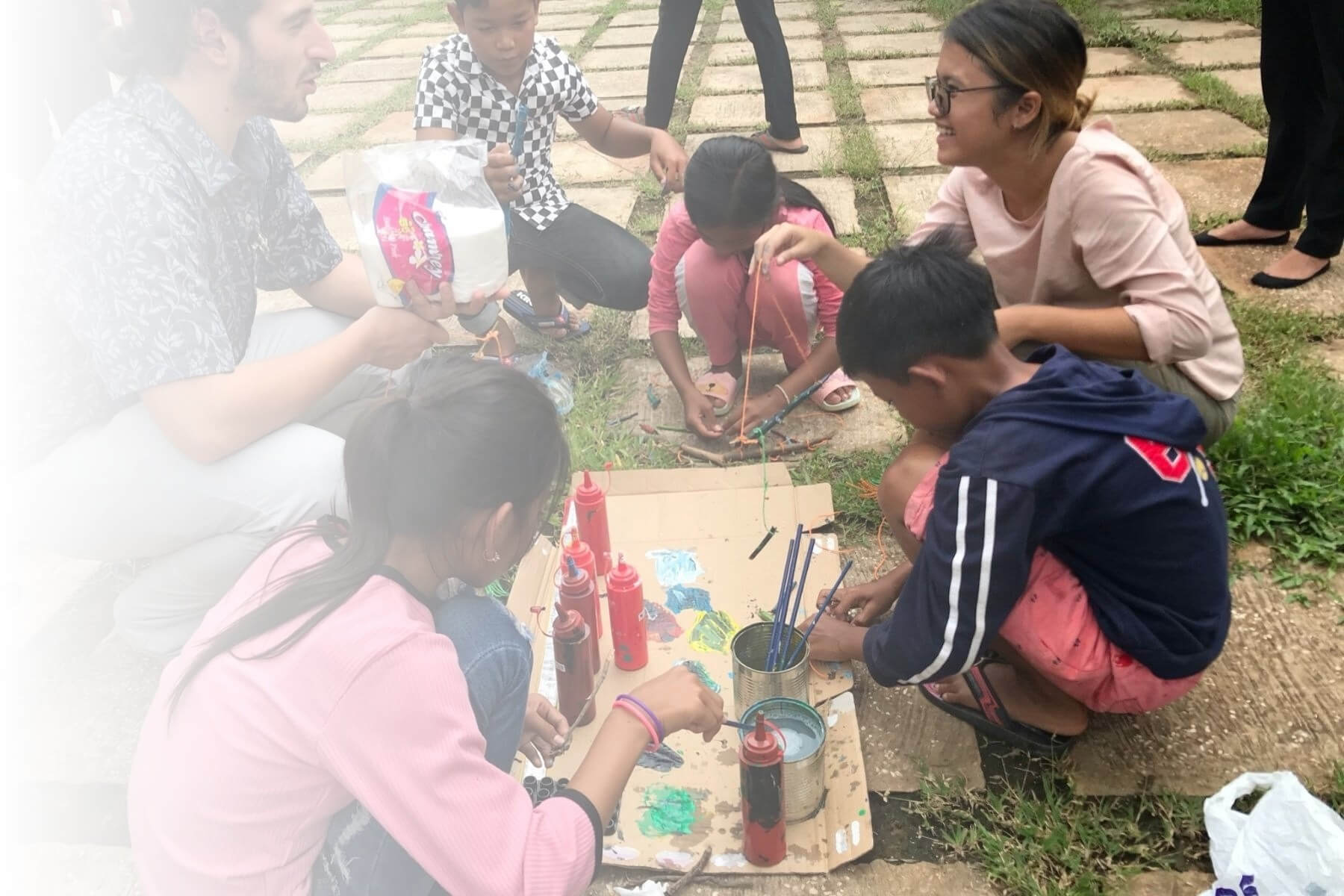 kids painting in bali